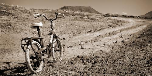 Foto de una bicicleta en el Juncal