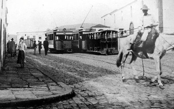 TEA acoge una exposición sobre el viejo tranvía