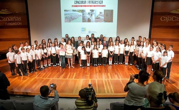 Entrega premio concurso fotográfico infantil Día de Canarias