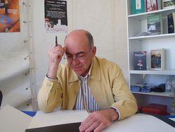 Encuentro con el escritor Antolín Dávila en el Club de Lectura