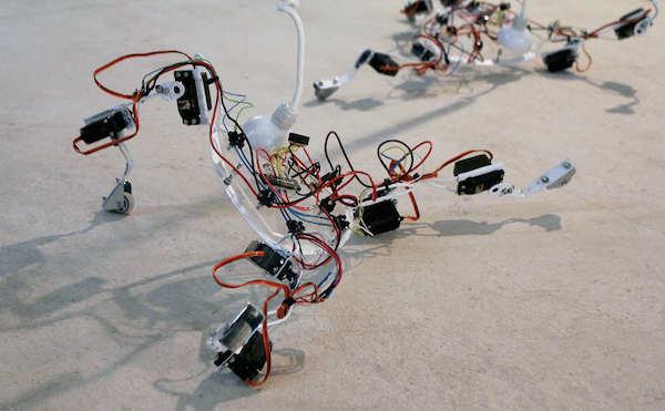Exposición sobre arte y tecnología en la sala anexa de La Recova