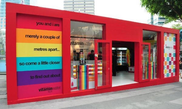 Vitamin water pop up shop in France