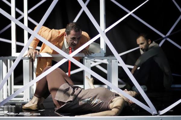 'Los Impostores', de QY Bazo y La República, tejen su mentira en el Auditorio de Teror