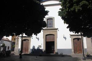 Plaza de San Gregorio de Telde, punto de partida de la ruta por Los Llanos