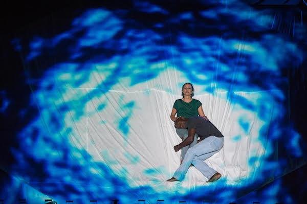 Los Malditos, se presenta en el Festival Internacional de Teatro de Manizales, en Colombia